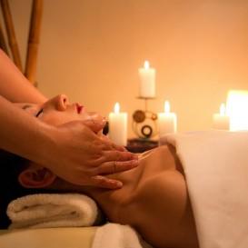 Massagem com Velas a Oleo no Hotel Comendador Spa