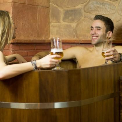 Circuito Beer Spa en el Beer Spa Granada