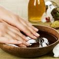 Voucher de Manicure com Esmalte Semipermanente no Beer Spa Granada