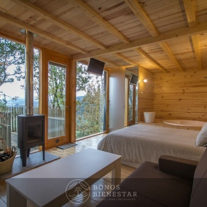 Bono Regalo en las Cabañitas del Bosque con Desayuno y Nevera Llena en Outes