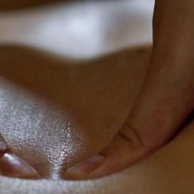 Voucher Massagem Ayurveda em Balneario de Acunha
