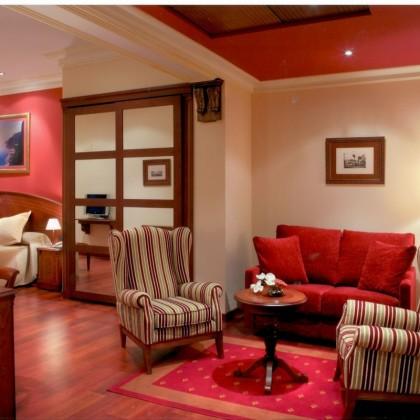 Voucher Romântica Escapada Lombok de duas noites no Hotel Palacio de la Magdalena