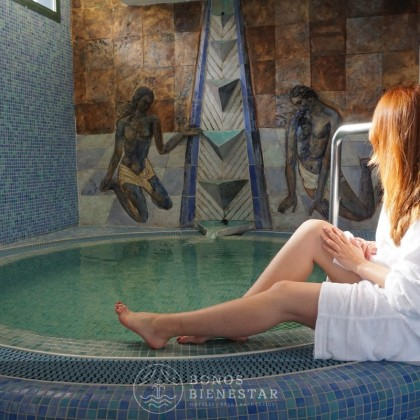 "Voucher ""Sunset of Senses"" com Embrulho no Hotel La Laguna Spa&Golf"