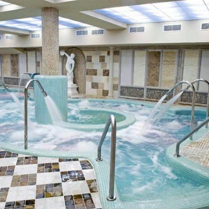 Bono Circuito Hidrotermal Especial Niños en el Hotel Comendador Spa